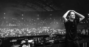DJ Martin Garrix durante un suo concerto